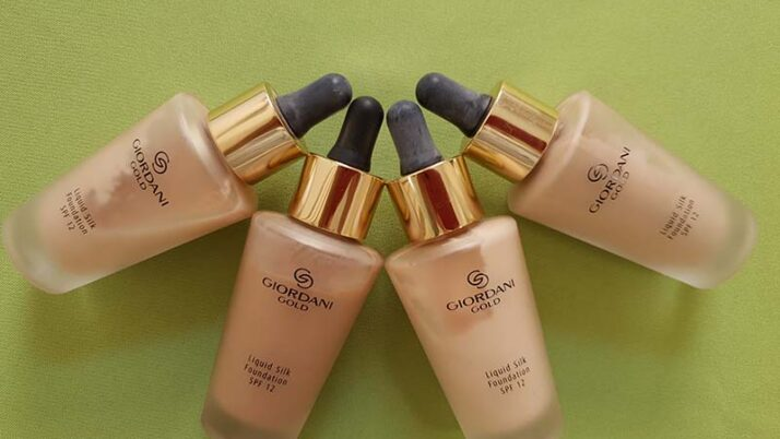 Oriflame Giordani Gold Silk folyékony alapozó
